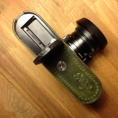 Leica M10 battery access